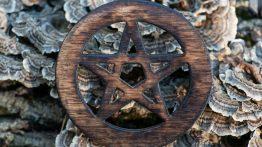 Entenda o simbolismo do Pentagrama