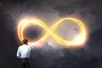 Significados do símbolo do infinito
